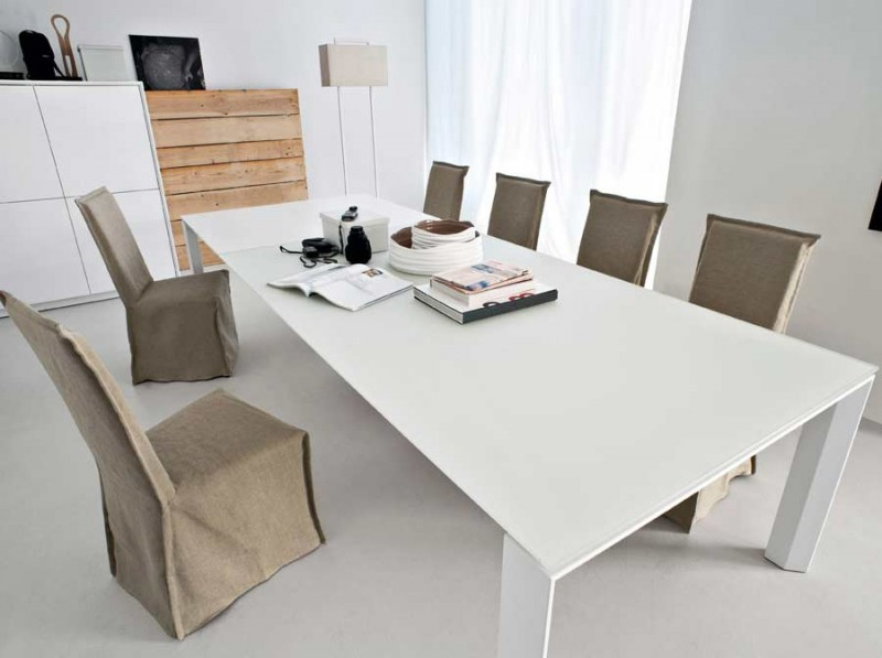 Omnia XXL Extedible Dining Table By Calligaris