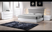 Flow Lacquered white and bonded leather bedroom set