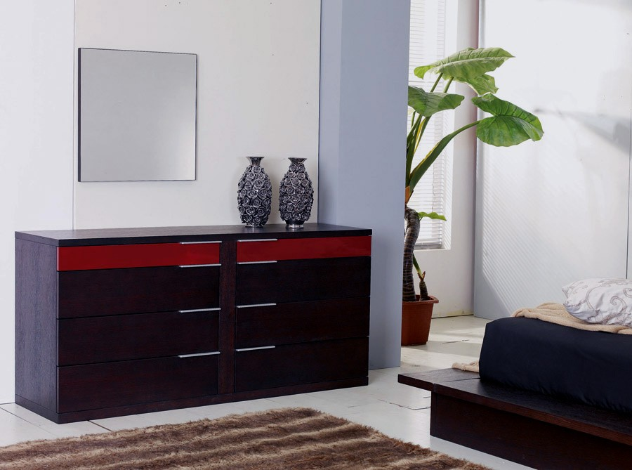 Contemporary Walk On Platform Bed With Nightstands Star