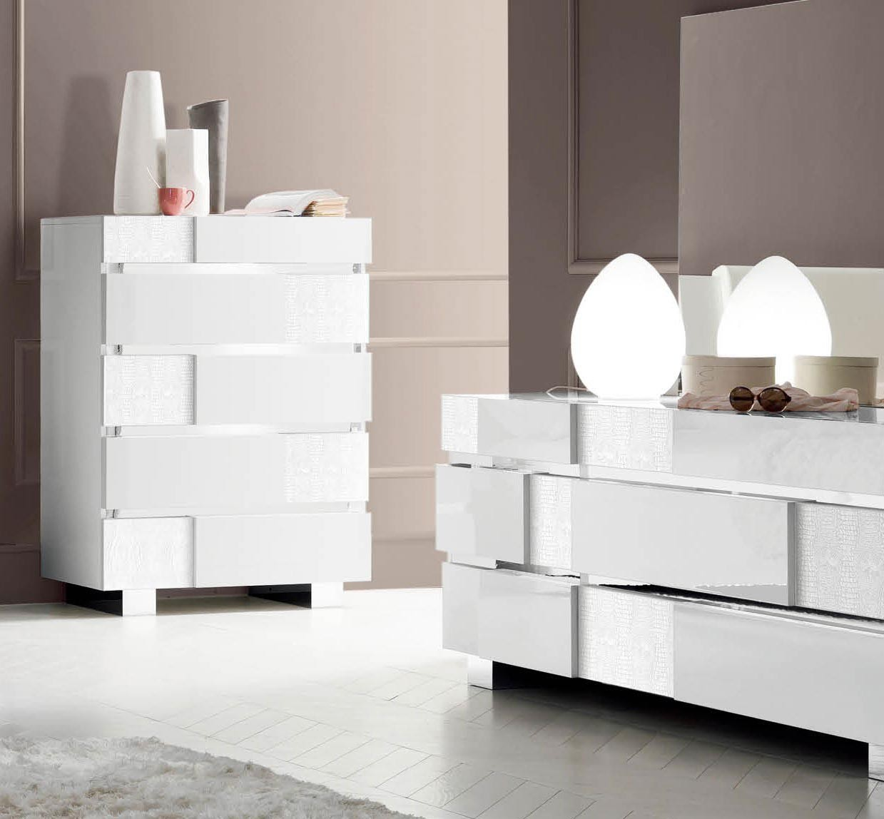 Caprice White Modern Italian Bedroom Set N Contemporary